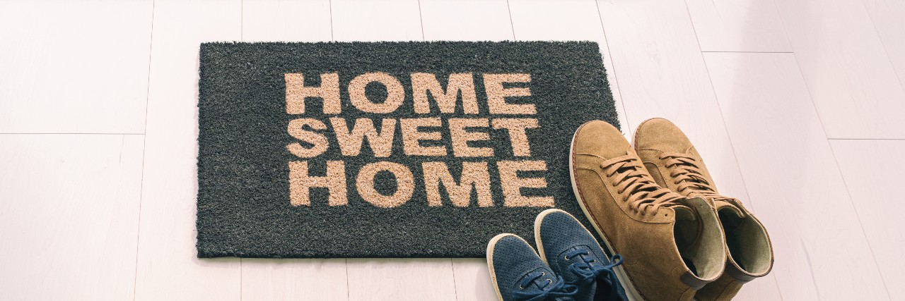 holiday-gift-guide-for-new-home-owners (1)